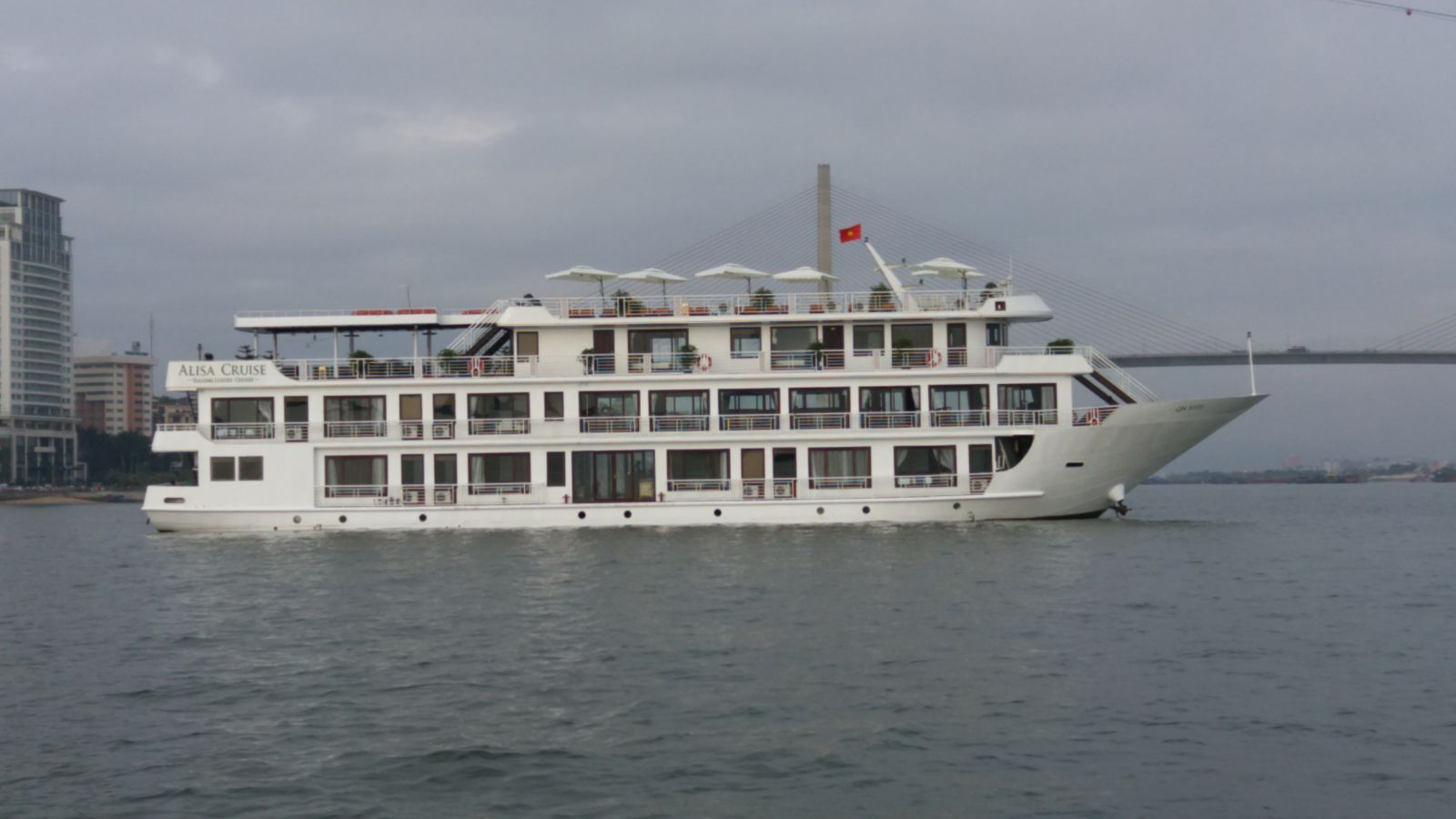 Ha Long Alisa Cruise 5 sao