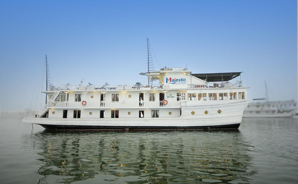 Tour du lịch Hạ Long Cát Bà 3 ngày 2 đêm ( 1 đêm tàu Majestic Cruise + 1 đêm Đảo Cát Bà )