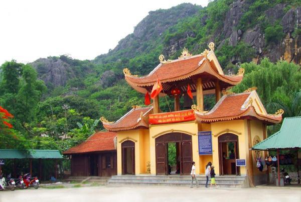 Tour Lạng Sơn - Chùa Tam Thanh