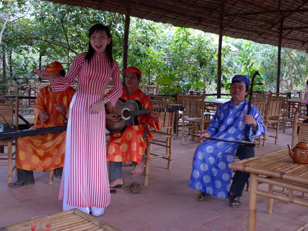 Tour Du Lịch Hà Nội - Sài Gòn - Mekong 3 Ngày 2 Đêm
