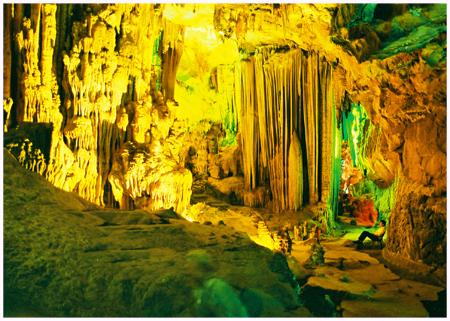 Tour Huế Thăm Quan Động Thiên Đường 1 Ngày