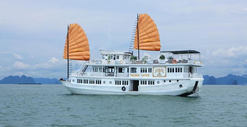 Tour du lịch Hạ Long Cát Bà 3 ngày 2 đêm ( 1 đêm tàu Golden Lotus + 1 đêm Khách sạn )