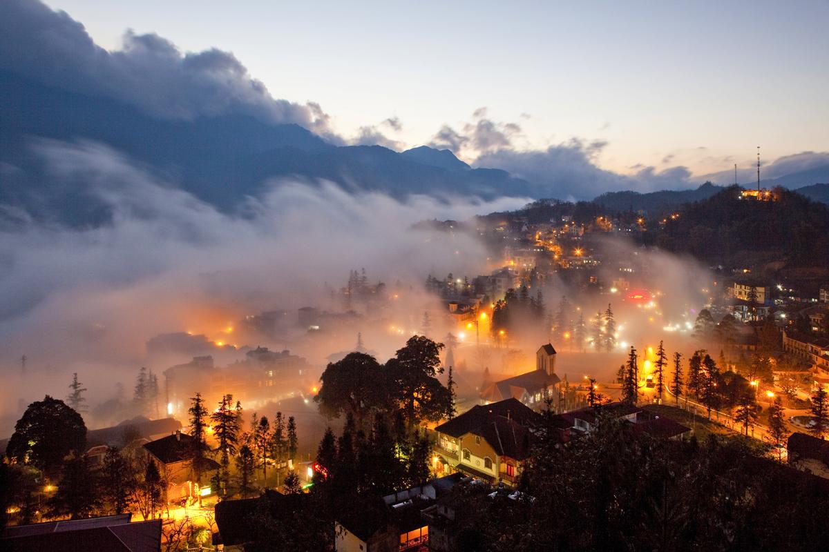 Sapa bằng Ô tô 2 ngày 1 đêm: Cát Cát – Hàm Rồng